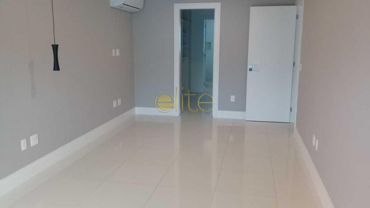 07 - Casa À Venda no Condomínio Interlagos de Itaúna - Barra da Tijuca - Rio de Janeiro - RJ - EBCN40154 - 9