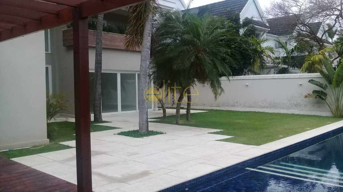 02 - Casa À Venda no Condomínio Malibu - Barra da Tijuca - Rio de Janeiro - RJ - EBCN50174 - 3