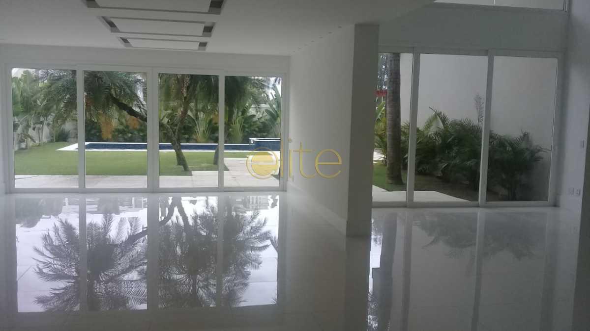 07 - Casa À Venda no Condomínio Malibu - Barra da Tijuca - Rio de Janeiro - RJ - EBCN50174 - 9