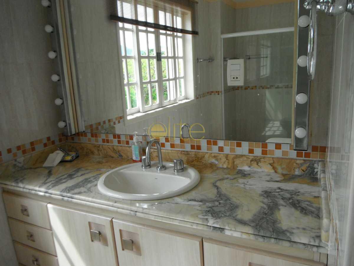 18 - Casa À Venda no Condomínio Jardim Nova Barra - Barra da Tijuca - Rio de Janeiro - RJ - EBCN30017 - 19