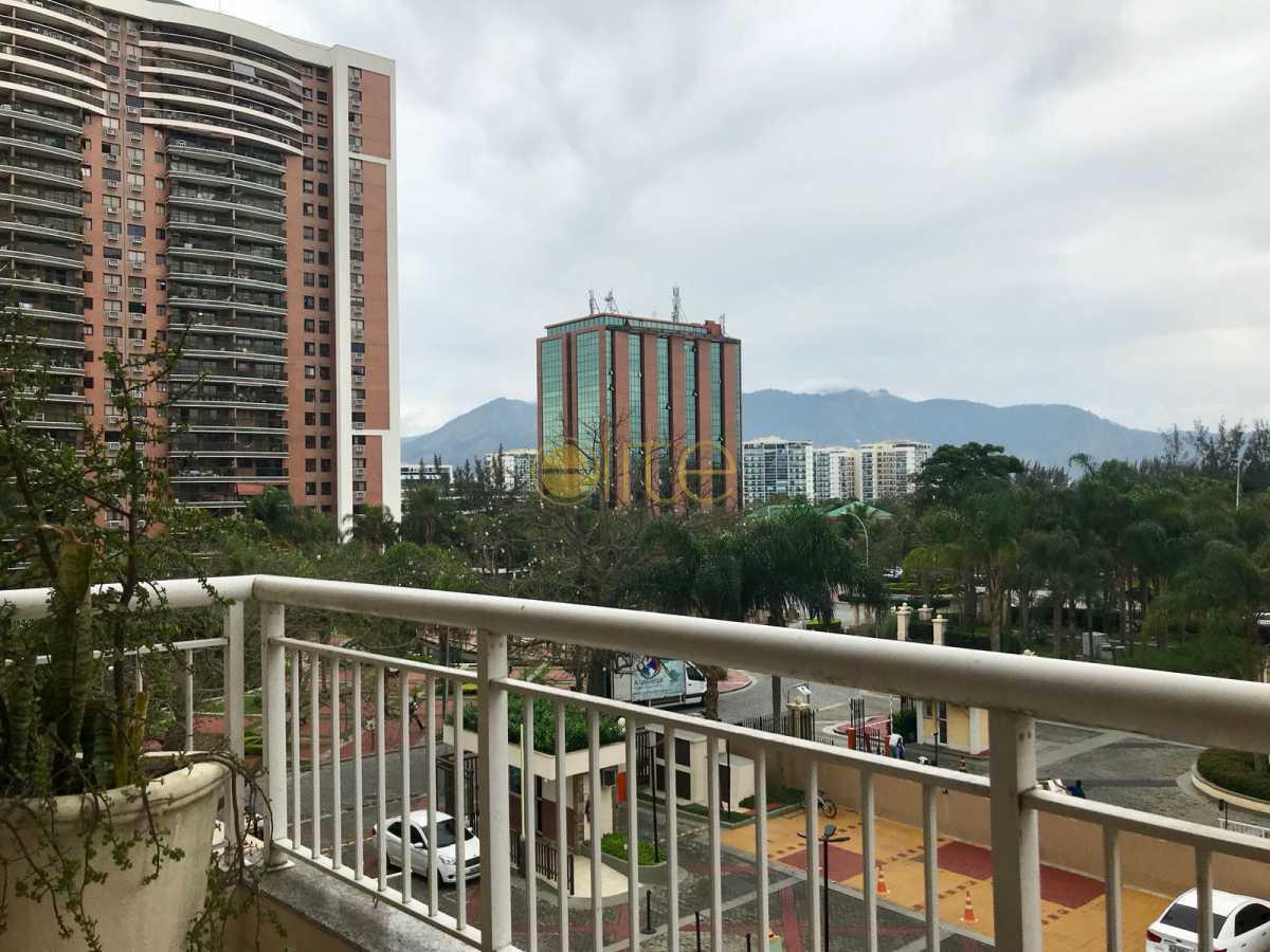 01 - Apartamento À Venda no Condomínio Mundo Novo - Barra da Tijuca - Rio de Janeiro - RJ - EBAP30143 - 1