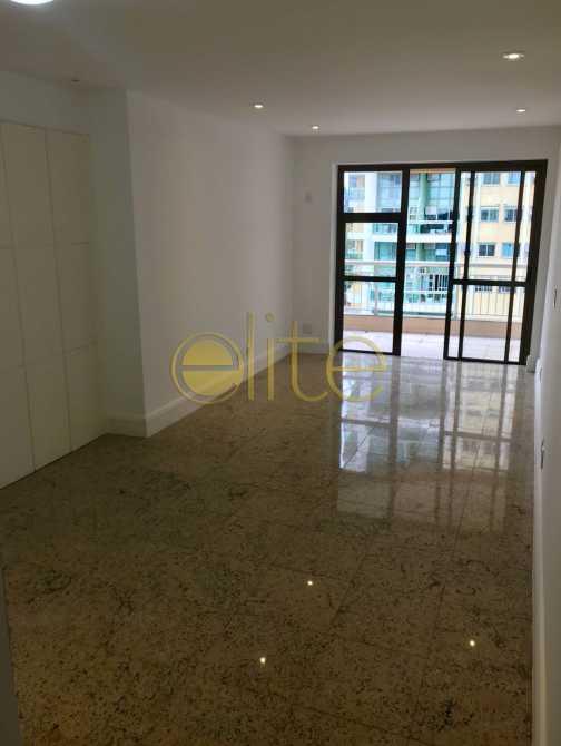 02 - Apartamento À Venda no Condomínio Mundo Novo - Barra da Tijuca - Rio de Janeiro - RJ - EBAP30143 - 4