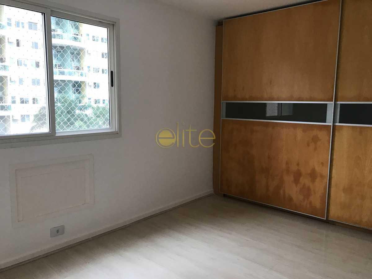 07 2 - Apartamento À Venda no Condomínio Mundo Novo - Barra da Tijuca - Rio de Janeiro - RJ - EBAP30143 - 9