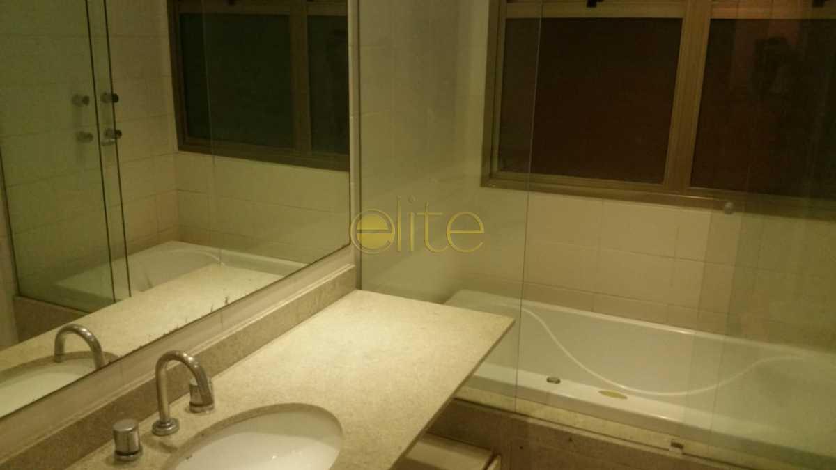 12 - Apartamento À Venda no Condomínio Península - Saint Barth - Barra da Tijuca - Rio de Janeiro - RJ - EBAP40129 - 13