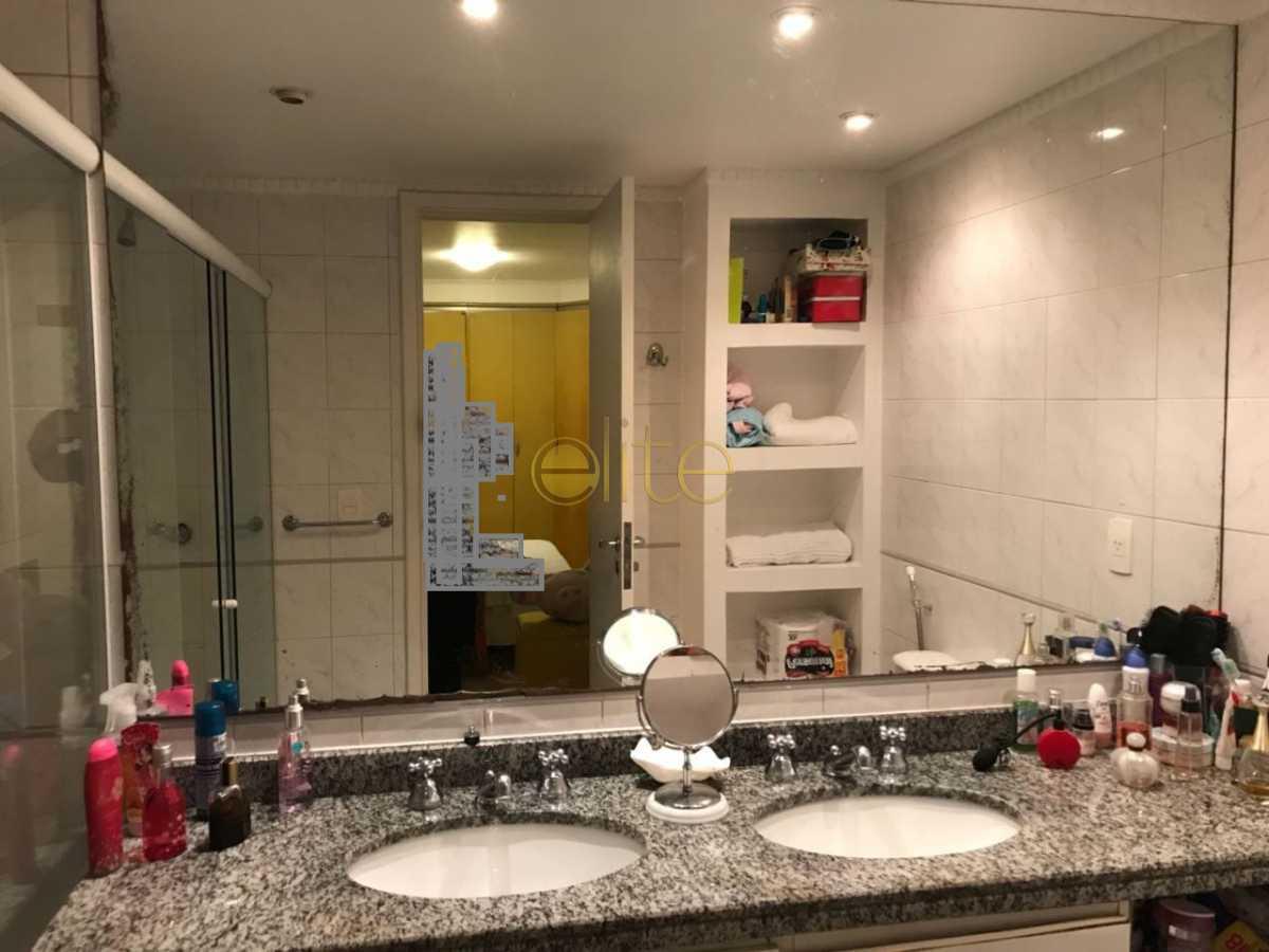 9 - Apartamento À Venda no Condomínio Mundo Novo - Barra da Tijuca - Rio de Janeiro - RJ - EBAP30144 - 10