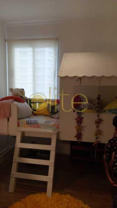 14 - Apartamento À Venda no Condomínio Mundo Novo - Barra da Tijuca - Rio de Janeiro - RJ - EBAP30144 - 14