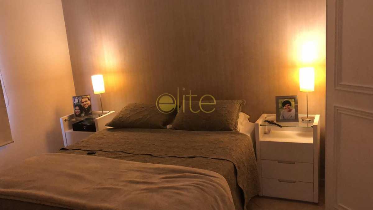 5 - Apartamento À Venda no Condomínio Parque das Rosas - Barra da Tijuca - Rio de Janeiro - RJ - EBAP30145 - 6
