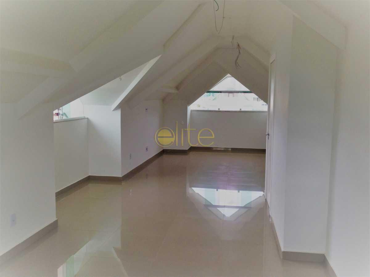 10 - Casa À Venda no Condomínio Art-Life - Recreio dos Bandeirantes - Rio de Janeiro - RJ - EBCN40167 - 19