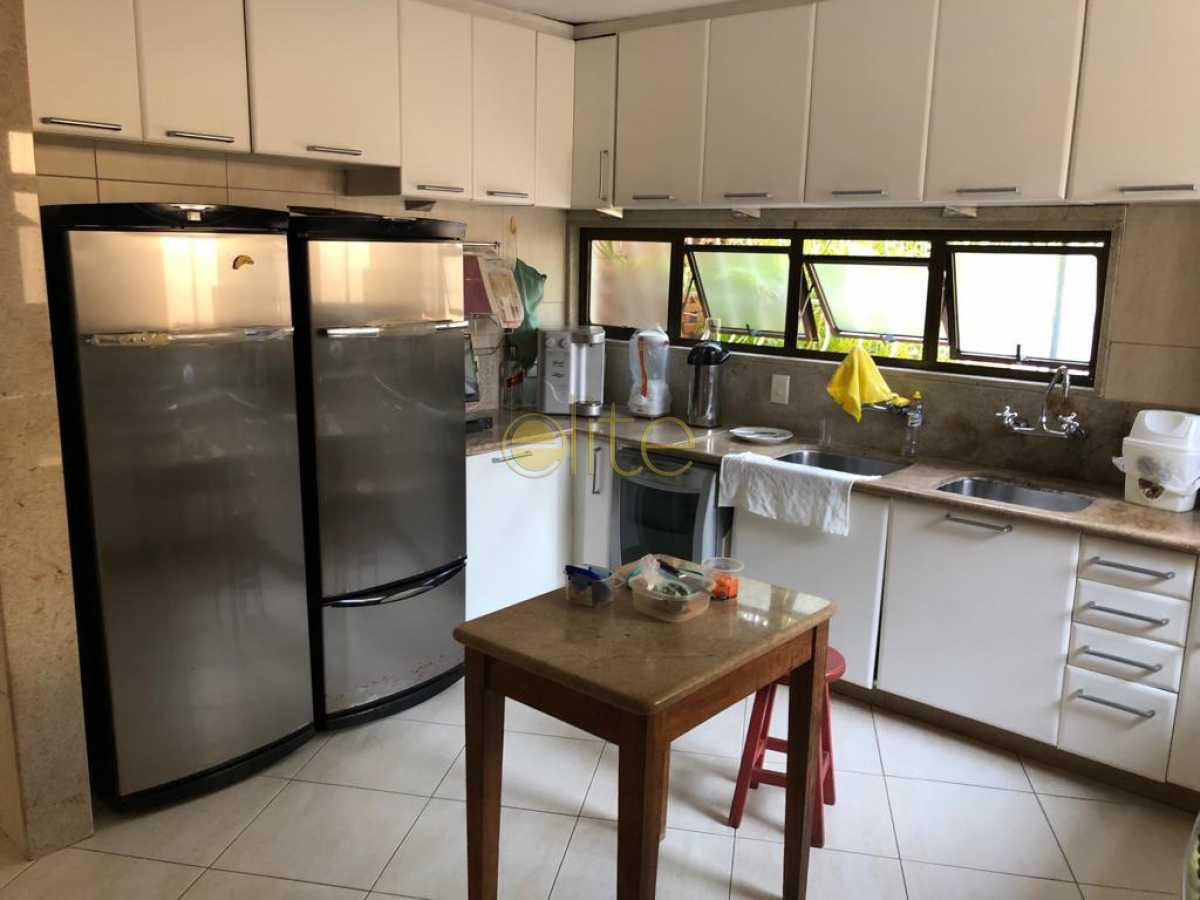 2 - Casa À Venda no Condomínio Santa Helena - Barra da Tijuca - Rio de Janeiro - RJ - EBCN50180 - 12