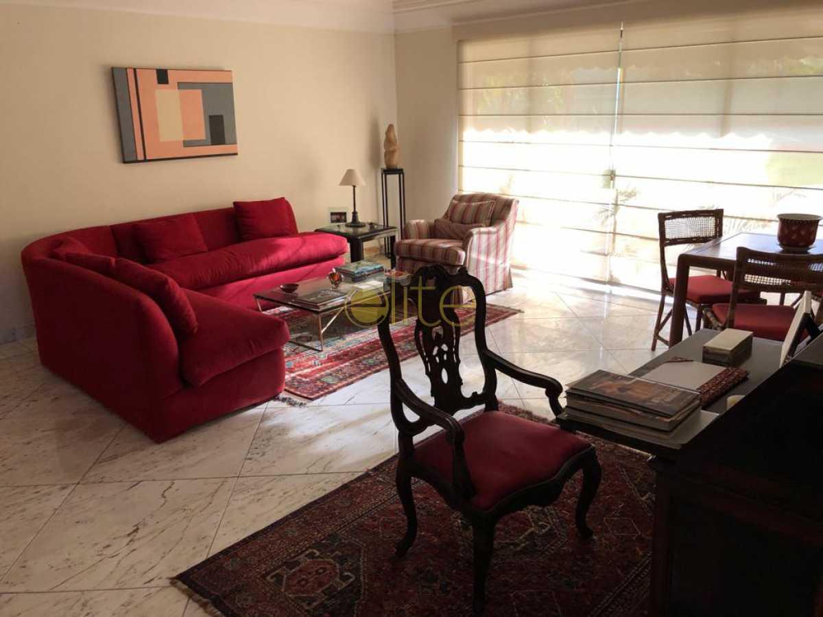 57 - Casa À Venda no Condomínio Santa Helena - Barra da Tijuca - Rio de Janeiro - RJ - EBCN50180 - 20