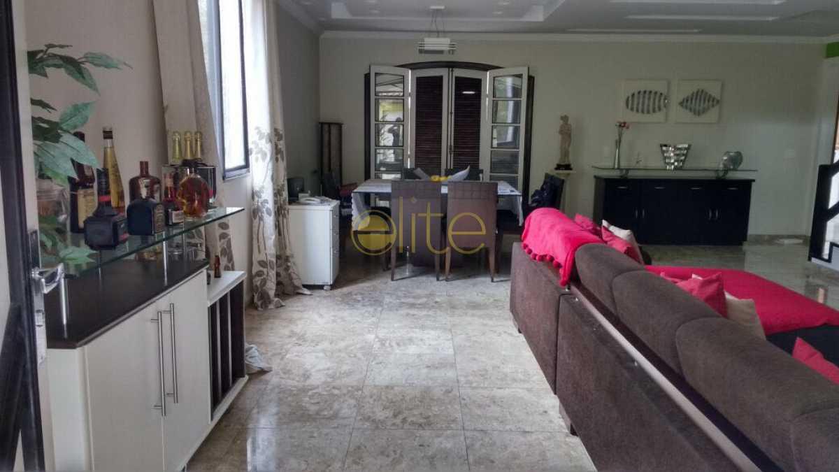 2 - Casa À Venda no Condomínio Maramar - Recreio dos Bandeirantes - Rio de Janeiro - RJ - EBCN50181 - 3