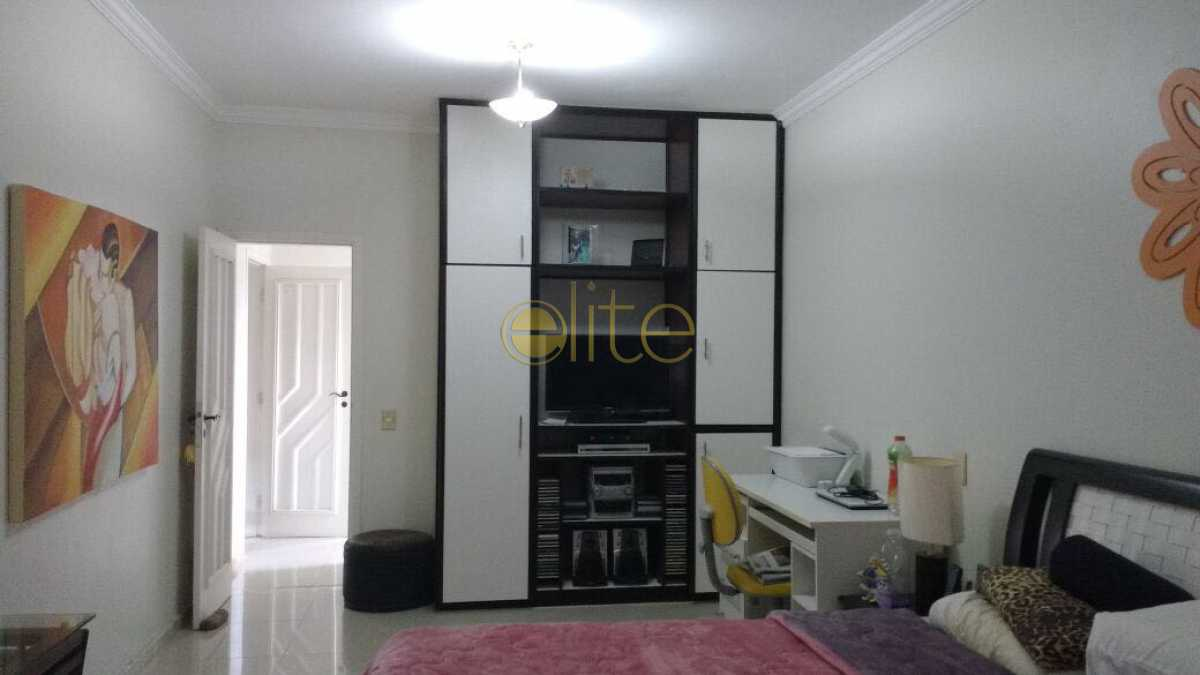 3 - Casa À Venda no Condomínio Maramar - Recreio dos Bandeirantes - Rio de Janeiro - RJ - EBCN50181 - 4