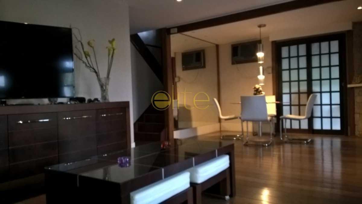 4 - Casa À Venda no Condomínio Maramar - Recreio dos Bandeirantes - Rio de Janeiro - RJ - EBCN40168 - 5