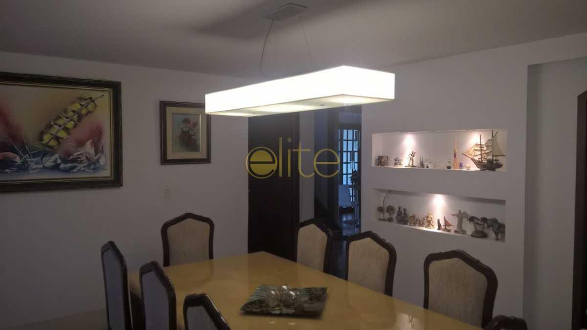 7 - Casa À Venda no Condomínio Maramar - Recreio dos Bandeirantes - Rio de Janeiro - RJ - EBCN40168 - 8