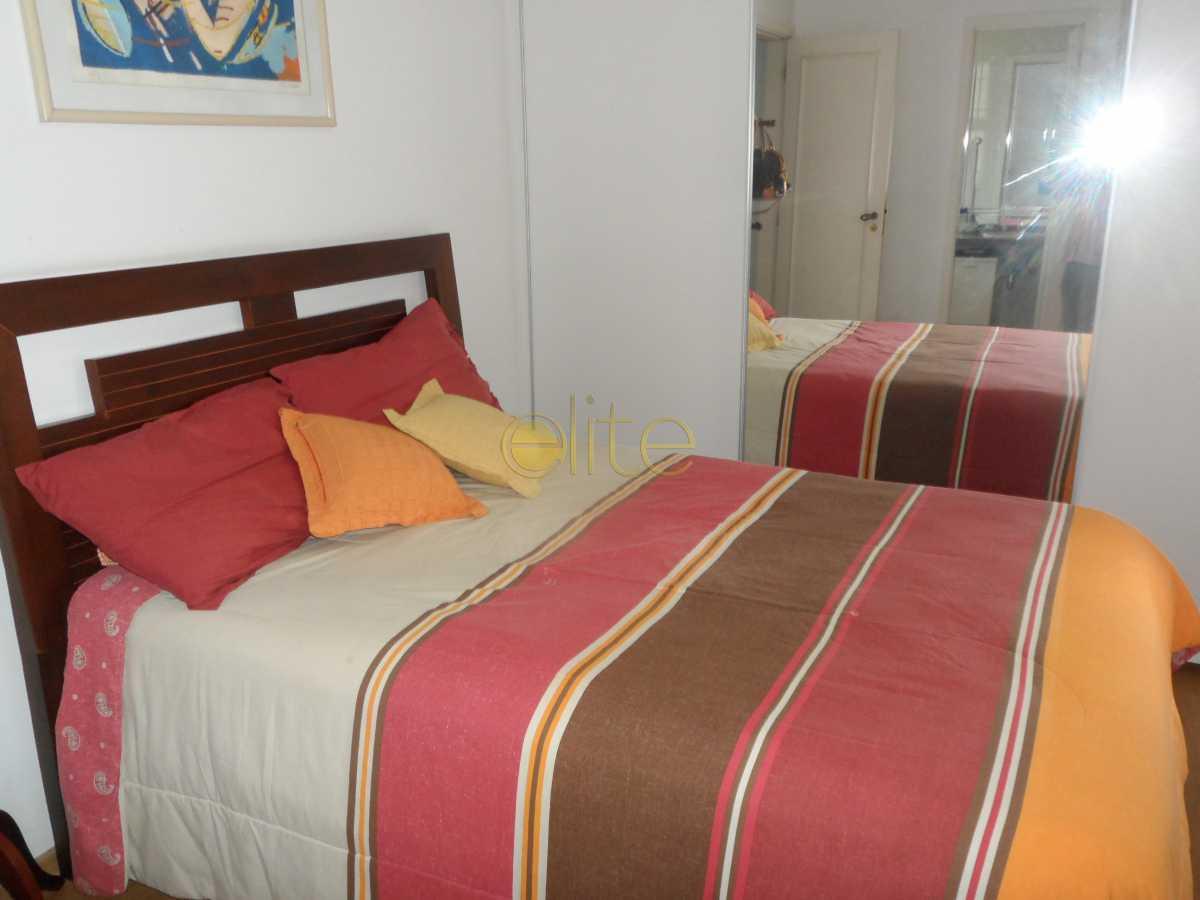08 - Casa À Venda no Condomínio Residencias do Sol - Barra da Tijuca - Rio de Janeiro - RJ - EBCN30020 - 9