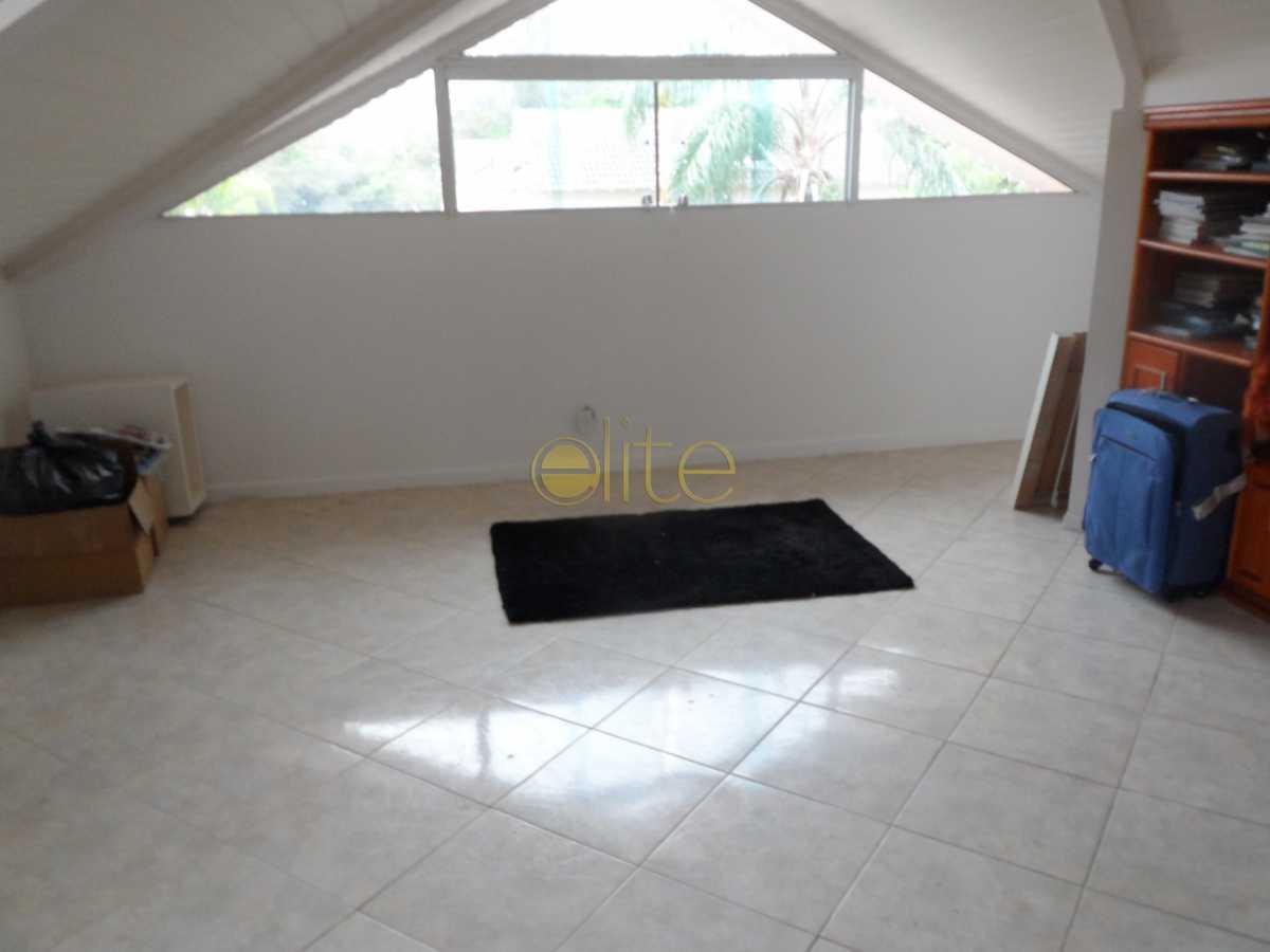 16 - Casa À Venda no Condomínio Residencias do Sol - Barra da Tijuca - Rio de Janeiro - RJ - EBCN30020 - 17