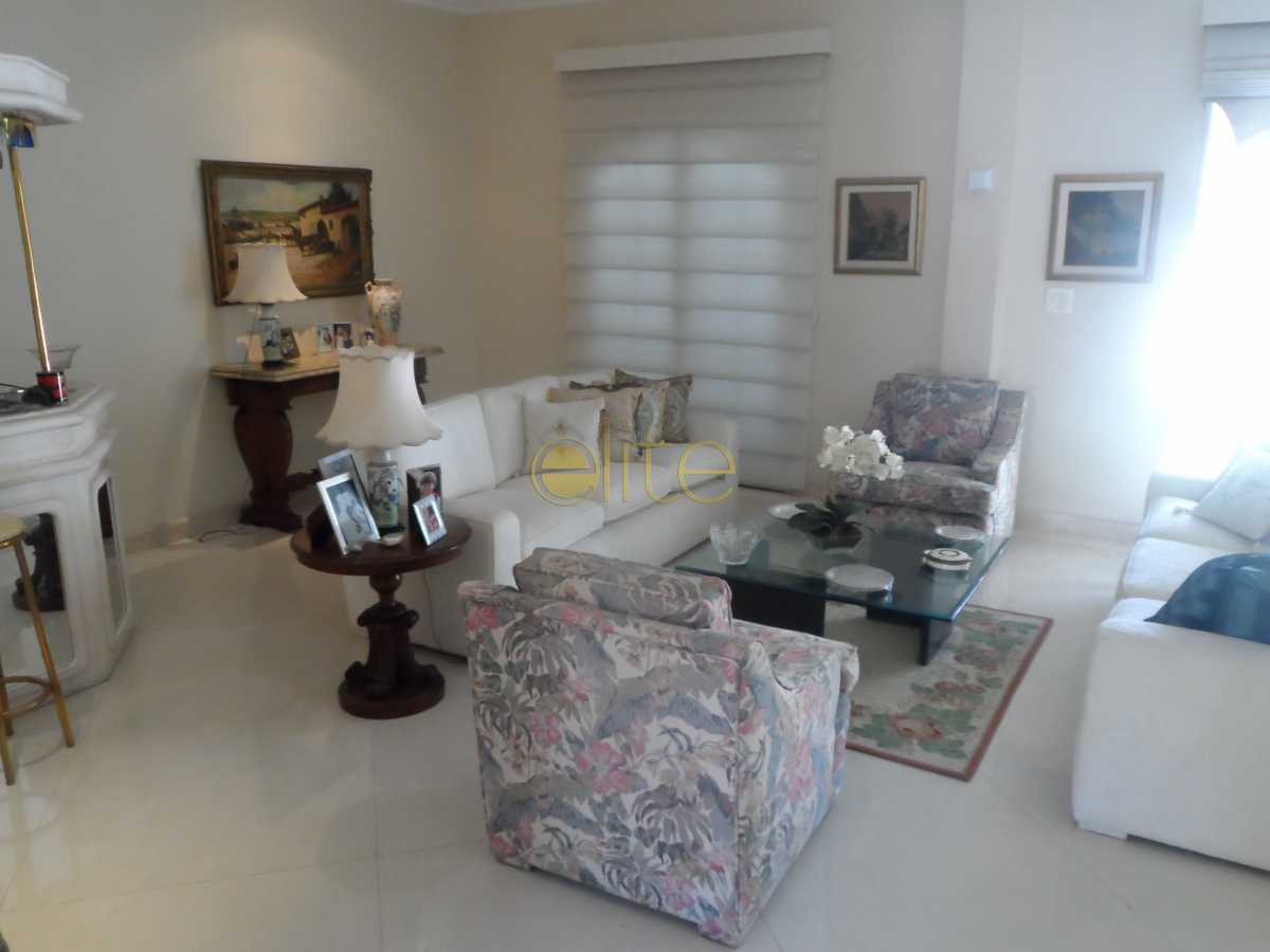 08 - Casa À Venda no Condomínio Santa Marina - Barra da Tijuca - Rio de Janeiro - RJ - EBCN40173 - 9