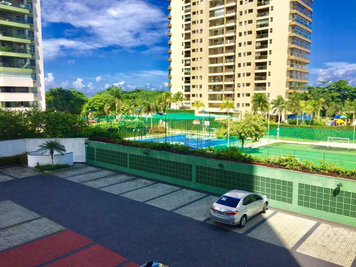 03 - Apartamento À Venda no Condomínio Pedra de Itaúna - Barra da Tijuca - Rio de Janeiro - RJ - EBAP40140 - 4
