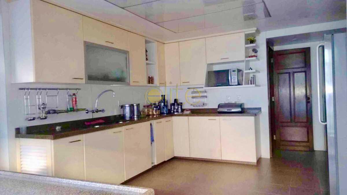 12 - Casa À Venda no Condomínio Nova Ipanema - Barra da Tijuca - Rio de Janeiro - RJ - EBCN40179 - 14