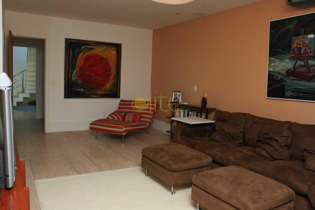 8 - Casa À Venda no Condomínio Malibu - Barra da Tijuca - Rio de Janeiro - RJ - EBCN40184 - 9