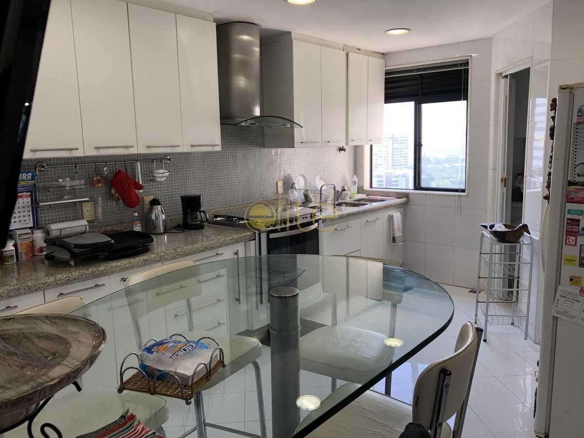 16 - Cobertura Para Alugar no Condomínio Ocean Front - Barra da Tijuca - Rio de Janeiro - RJ - EBCO40047 - 17