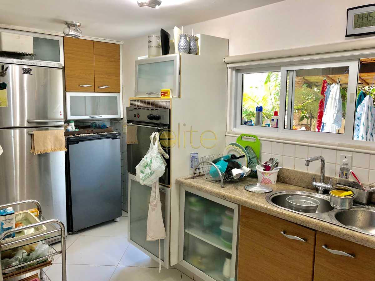 28 - Casa À Venda no Condomínio 3100 - Barra da Tijuca - Rio de Janeiro - RJ - EBCN30023 - 29
