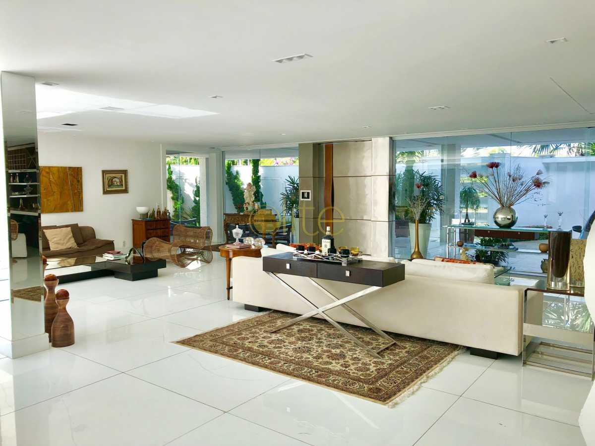 6 - Casa À Venda no Condomínio Santa Monica Jardins - Barra da Tijuca - Rio de Janeiro - RJ - EBCN70012 - 7