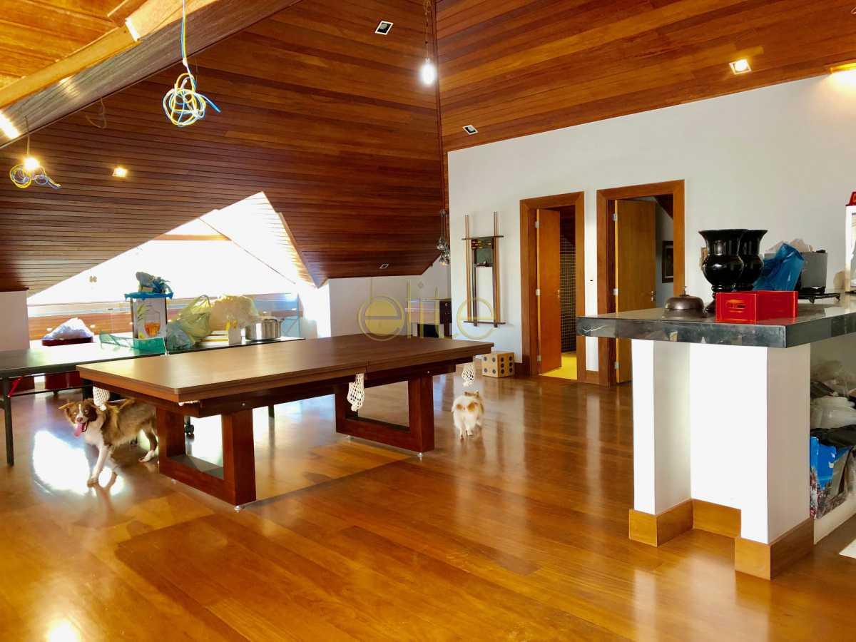 18 - Casa À Venda no Condomínio Santa Monica Jardins - Barra da Tijuca - Rio de Janeiro - RJ - EBCN70012 - 19