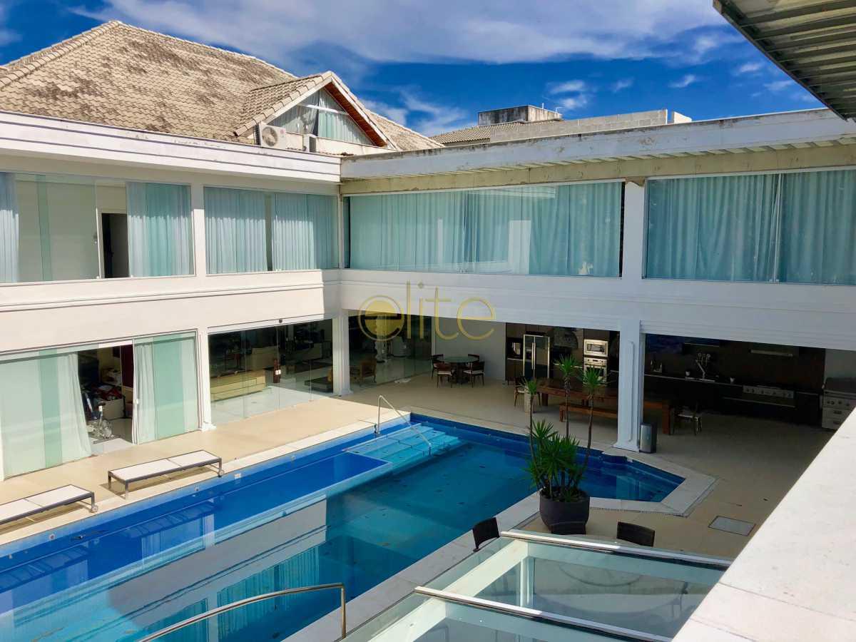22 - Casa À Venda no Condomínio Santa Monica Jardins - Barra da Tijuca - Rio de Janeiro - RJ - EBCN70012 - 23