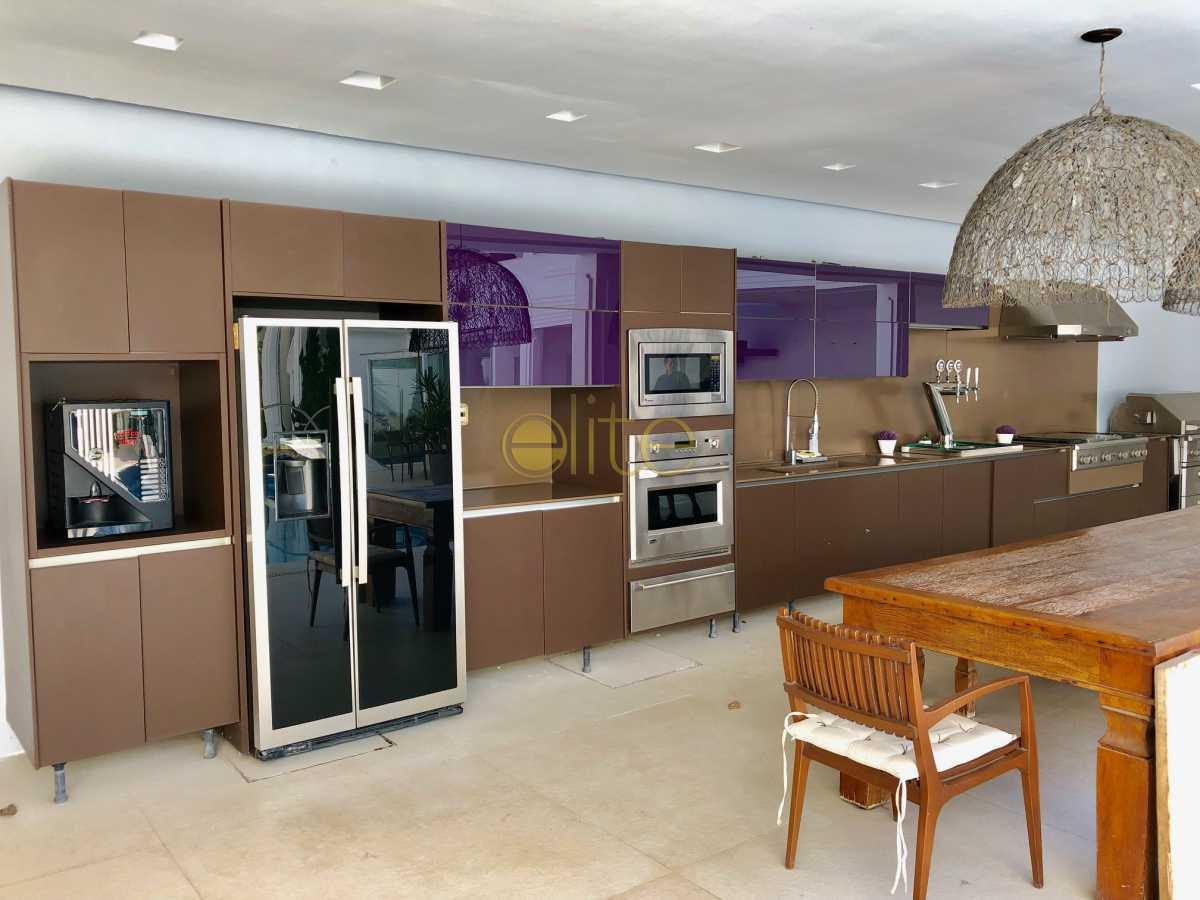 23 - Casa À Venda no Condomínio Santa Monica Jardins - Barra da Tijuca - Rio de Janeiro - RJ - EBCN70012 - 24