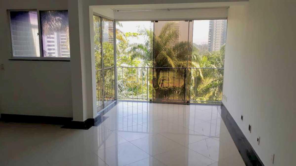 27 - Cobertura À Venda no Condomínio VIVENDAS MARAPENDI - Barra da Tijuca - Rio de Janeiro - RJ - EBCO30045 - 1