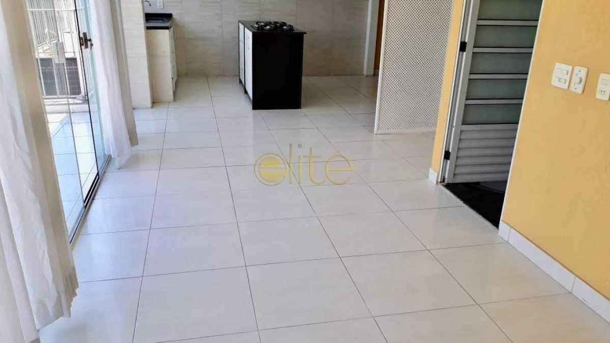 9 - Cobertura À Venda no Condomínio VIVENDAS MARAPENDI - Barra da Tijuca - Rio de Janeiro - RJ - EBCO30045 - 27