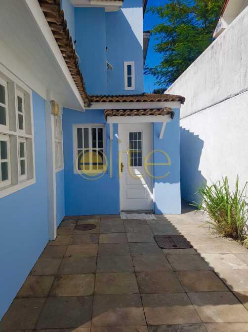 PKAFE7682 - Casa Para Alugar no Condomínio Santa Monica Residências - Barra da Tijuca - Rio de Janeiro - RJ - EBCN40203 - 26