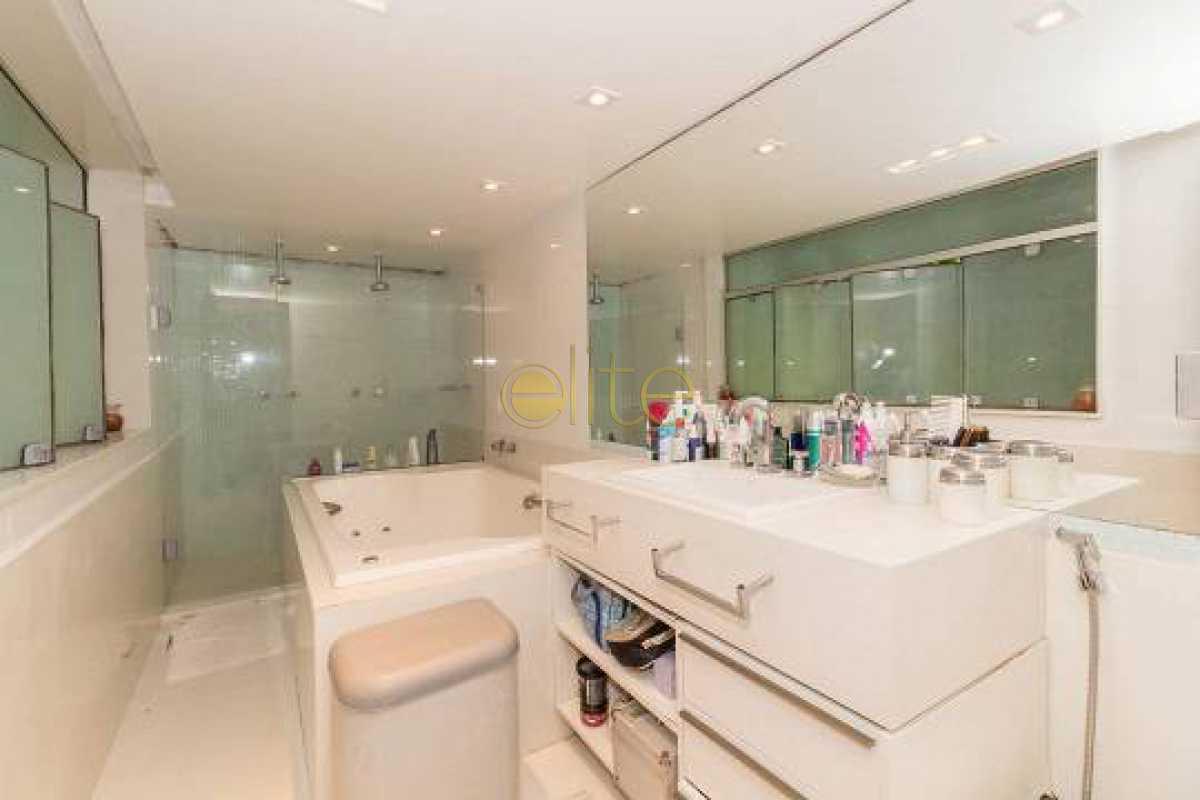 8 - Casa em Condomínio 4 quartos à venda Itanhangá, Rio de Janeiro - R$ 2.200.000 - EBCN40255 - 9