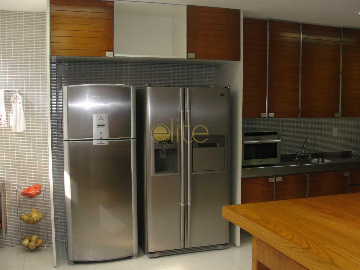 29 - Casa Para Venda ou Aluguel no Condomínio Jardim do Itanhanga - Itanhangá - Rio de Janeiro - RJ - 71138 - 30