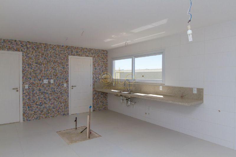 FOTO14 - Casa À Venda no Condomínio Alphaville - Barra da Tijuca - Rio de Janeiro - RJ - CA0148 - 15