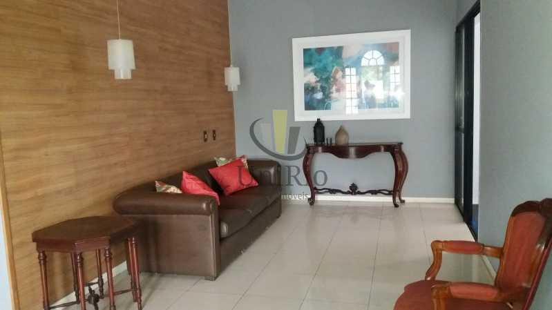 20180802_145718 - Fachada - Residencial Larissa - 96 - 1