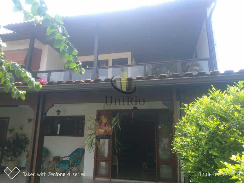 PHOTO-2019-05-13-15-14-35 1 - Casa em Condomínio 5 quartos à venda Taquara, Rio de Janeiro - R$ 850.000 - FRCN50003 - 1