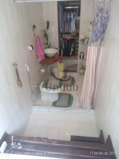 PHOTO-2019-05-13-15-14-36 - Casa em Condomínio 5 quartos à venda Taquara, Rio de Janeiro - R$ 850.000 - FRCN50003 - 12