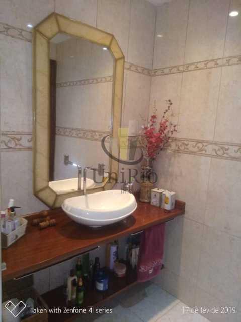 PHOTO-2019-05-13-15-14-43 - Casa em Condomínio 5 quartos à venda Taquara, Rio de Janeiro - R$ 850.000 - FRCN50003 - 15