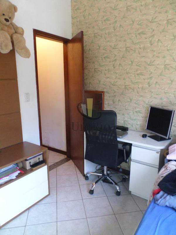 SAM_9740 - Casa em Condomínio 2 quartos à venda Jardim Sulacap, Rio de Janeiro - R$ 250.000 - FRCN20032 - 15