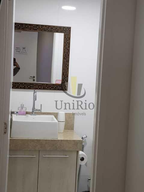PHOTO-2019-09-29-11-50-35 2 - Cobertura 3 quartos à venda Taquara, Rio de Janeiro - R$ 750.000 - FRCO30036 - 19