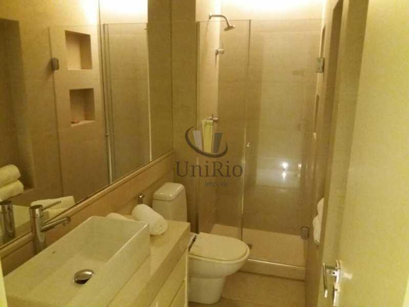 PHOTO-2019-10-30-12-13-17 2 - Apartamento 3 quartos à venda Barra da Tijuca, Rio de Janeiro - R$ 890.000 - FRAP30208 - 11