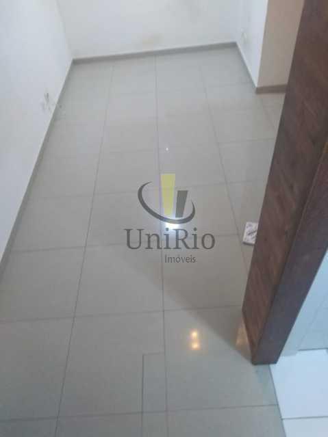 WhatsApp Image 2020-02-10 at 1 - Apartamento 3 quartos à venda Jacarepaguá, Rio de Janeiro - R$ 199.000 - FRAP30214 - 5