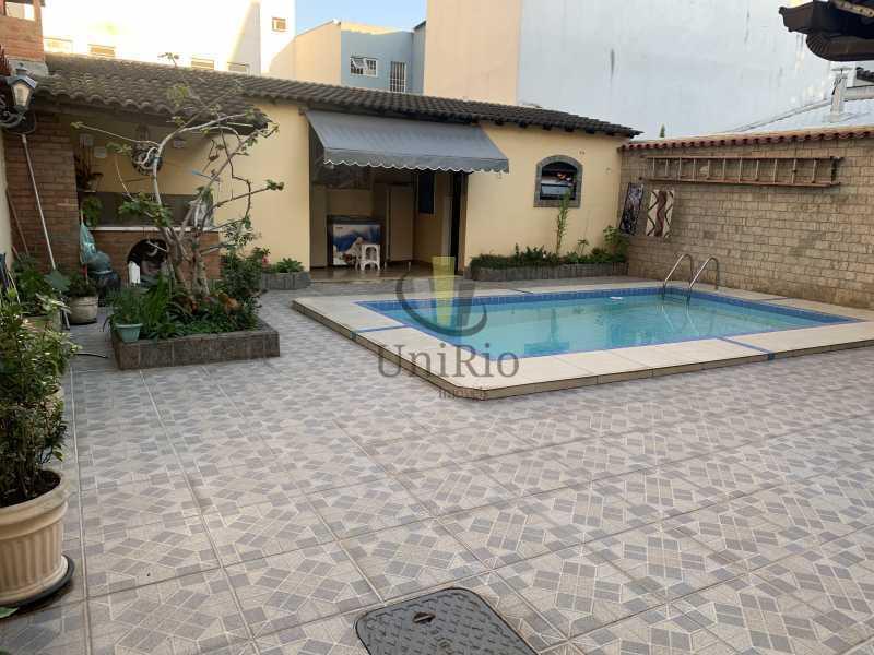 11B3568A-3BF6-4B31-8F3B-C20E9F - Casa em Condomínio 3 quartos à venda Vila Valqueire, Rio de Janeiro - R$ 1.300.000 - FRCN30049 - 1