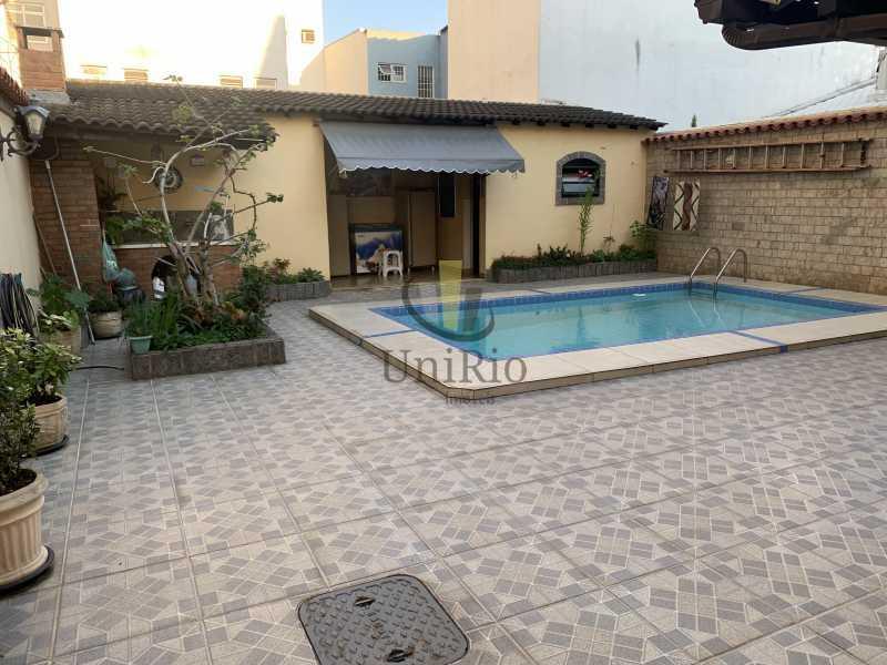 DB2BDF40-E87C-4495-BEEF-03931C - Casa em Condomínio 3 quartos à venda Vila Valqueire, Rio de Janeiro - R$ 1.300.000 - FRCN30049 - 22