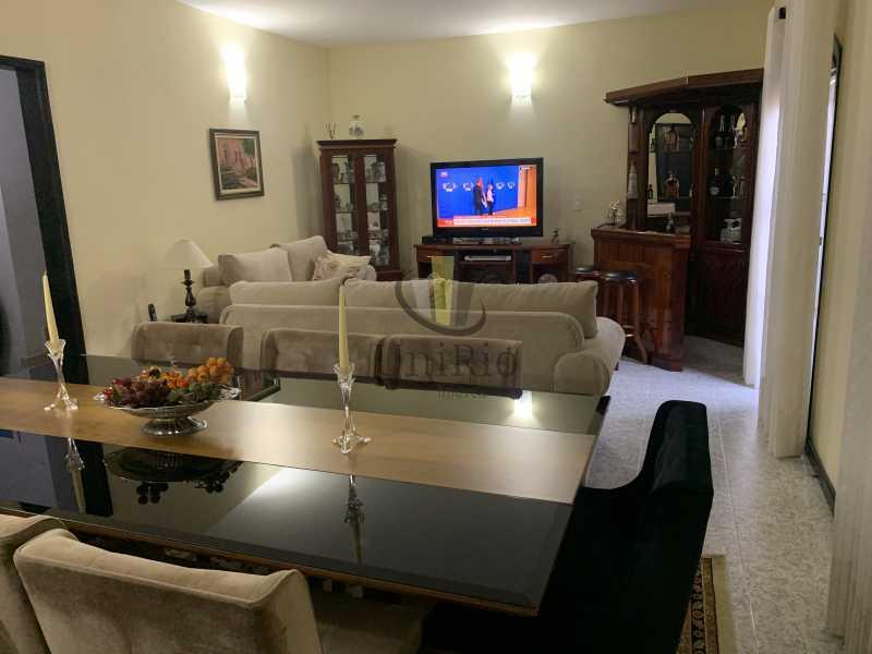 E9820C34-5DFD-4E27-85EA-FCB89F - Casa em Condomínio 3 quartos à venda Vila Valqueire, Rio de Janeiro - R$ 1.300.000 - FRCN30049 - 4