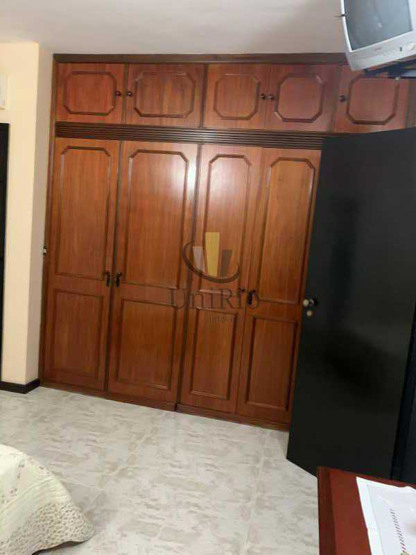 815731C2-4854-4EED-901D-63F8E4 - Casa em Condomínio 3 quartos à venda Vila Valqueire, Rio de Janeiro - R$ 1.300.000 - FRCN30049 - 18