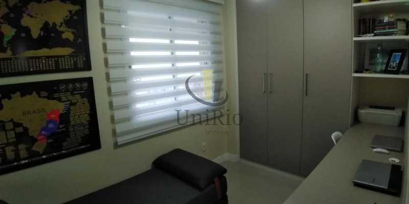 IMG-20210126-WA0035 - Cobertura 3 quartos à venda Taquara, Rio de Janeiro - R$ 599.999 - FRCO30042 - 14
