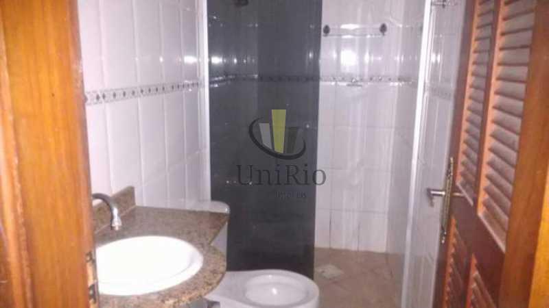 6BC93CF7-3E18-4CE6-A059-50DE75 - Casa em Condomínio 4 quartos à venda Jardim Sulacap, Rio de Janeiro - R$ 263.000 - FRCN40022 - 13